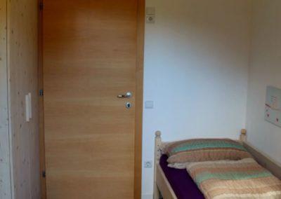 Melanies Guesthouse Kaltern Zimmer mit Einzelbett